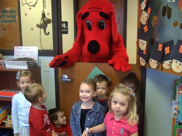 Clifford Visits the OFH Book Fair