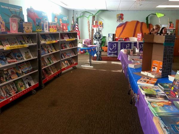 OFH Book Fair _20141111_103012 _x600