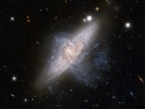 galaxies-601015_400x300