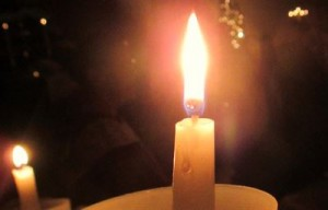 Christmas Eve15 Candle Closeup _IMG_2882