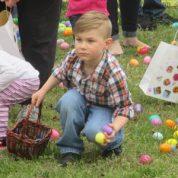 PUMC Preparing to Hunt Easter Eggs! (3/31/18)